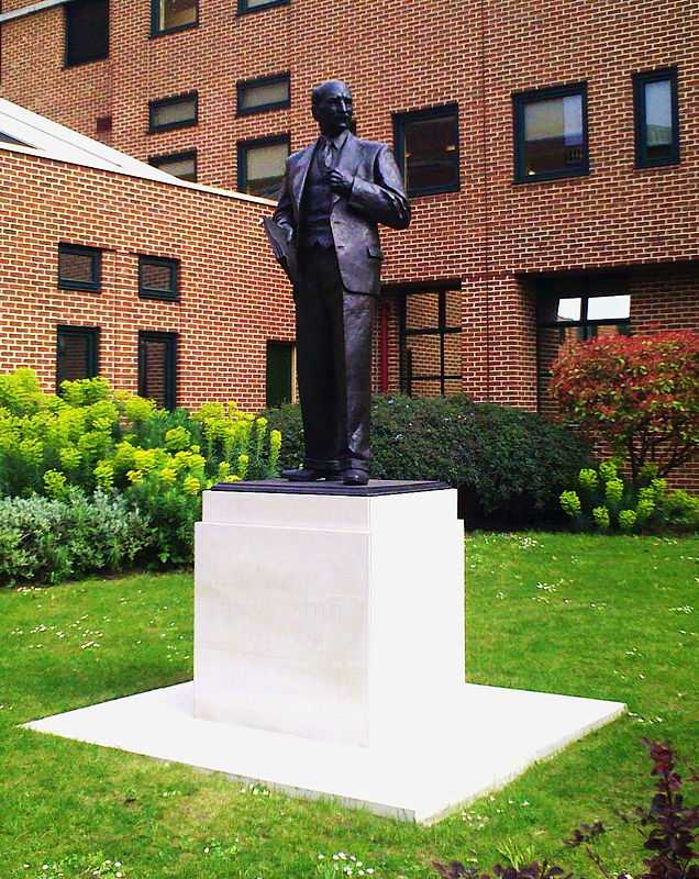 The Statue of Clement Attlee repositioned outside the Library of Queen Mary, University of London at Mile End. This Statue was originally outside the Public Library in Limehouse, East London, where it became delapidated and vandalised.