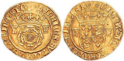 Gold crown of Henry VIII, minted c. 1544–1547. The reverse depicts the quartered arms of England and France. (© CNG, CC BY-SA 3.0)
