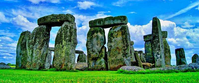 Stonehenge, close to Salisbury in Wiltshire, is one of England's most iconic landmarks.
